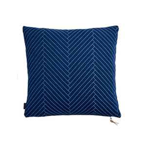 [OYOY]FLUFFY HERRINGBONE CUSHION-쿠션 (DARK BLUE)